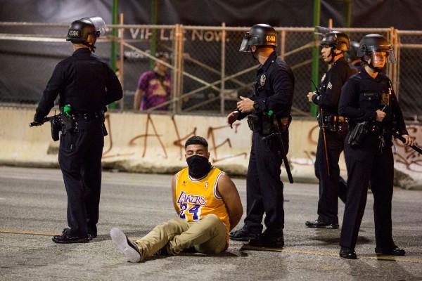 lakers_fan_arrested_1310.jpg